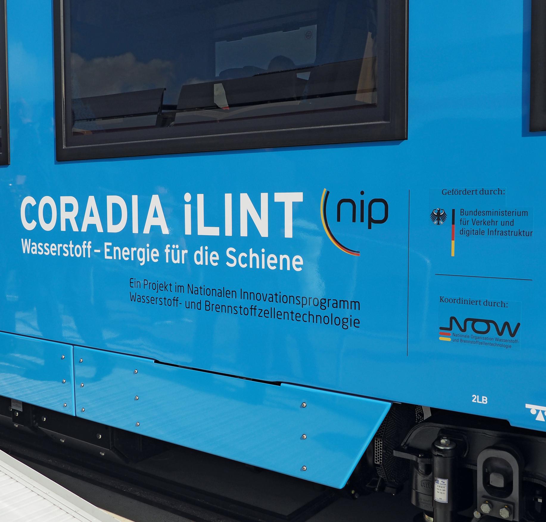 Beschriftung eines Corodia iLint-Zuges