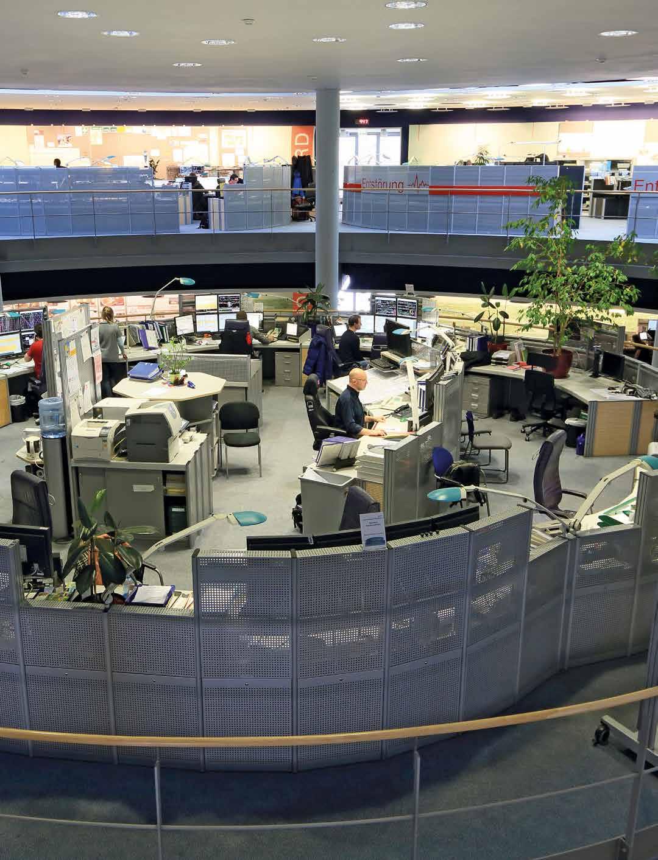 Großraumbüro über zwei Etagen