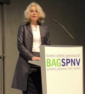 Susanne Henckel am Rednerpult