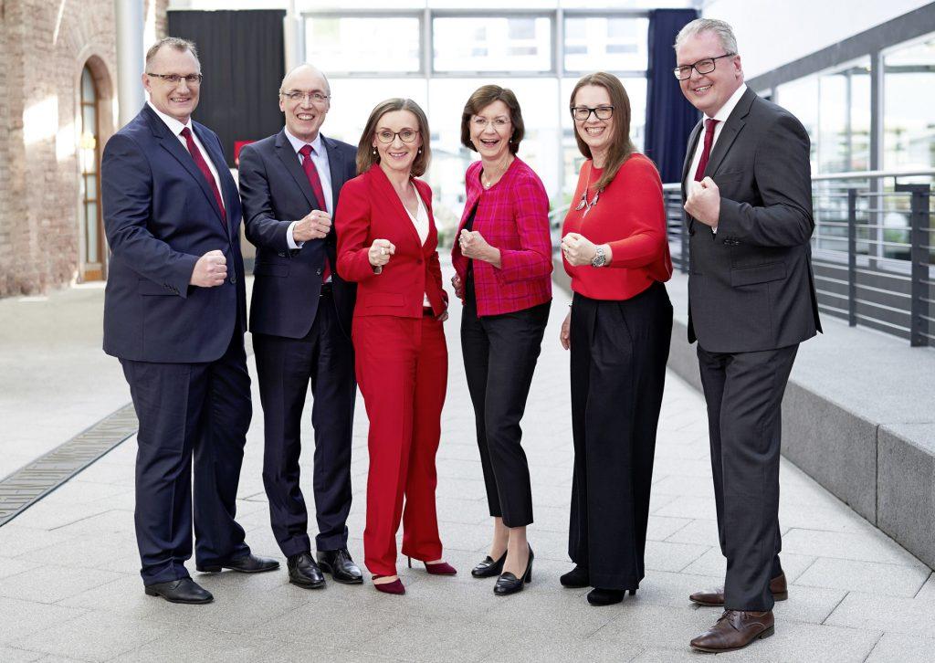Gruppenbild neuer DB Cargo Vorstand vom April 2020